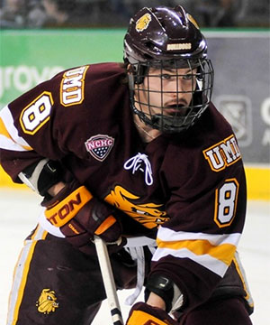 Minnesota-Duluth senior forward Kyle Osterberg, of Lakeville, MN, is foiurth on his team in goals scored, with 12, and is tied for sixth in assists, with 12.